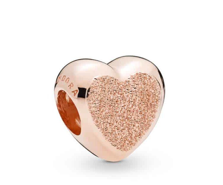 Charm Cœur Grain de Sable en Pandora Rose 49€