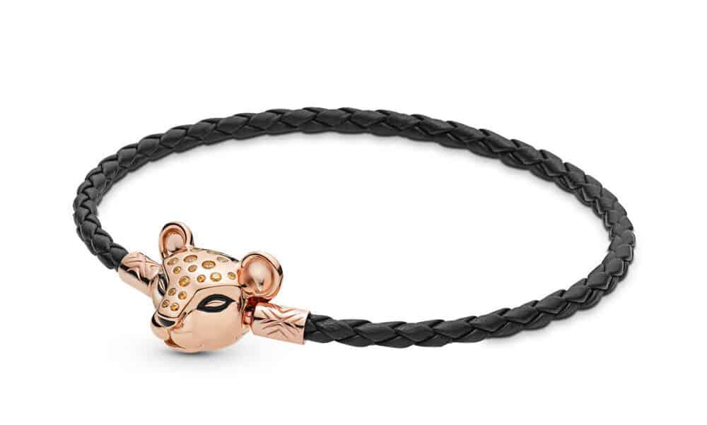 Bracelet Moments en Cuir Tressé Noir et Princesse Lionne Scintillante en Pandora Rose 79€