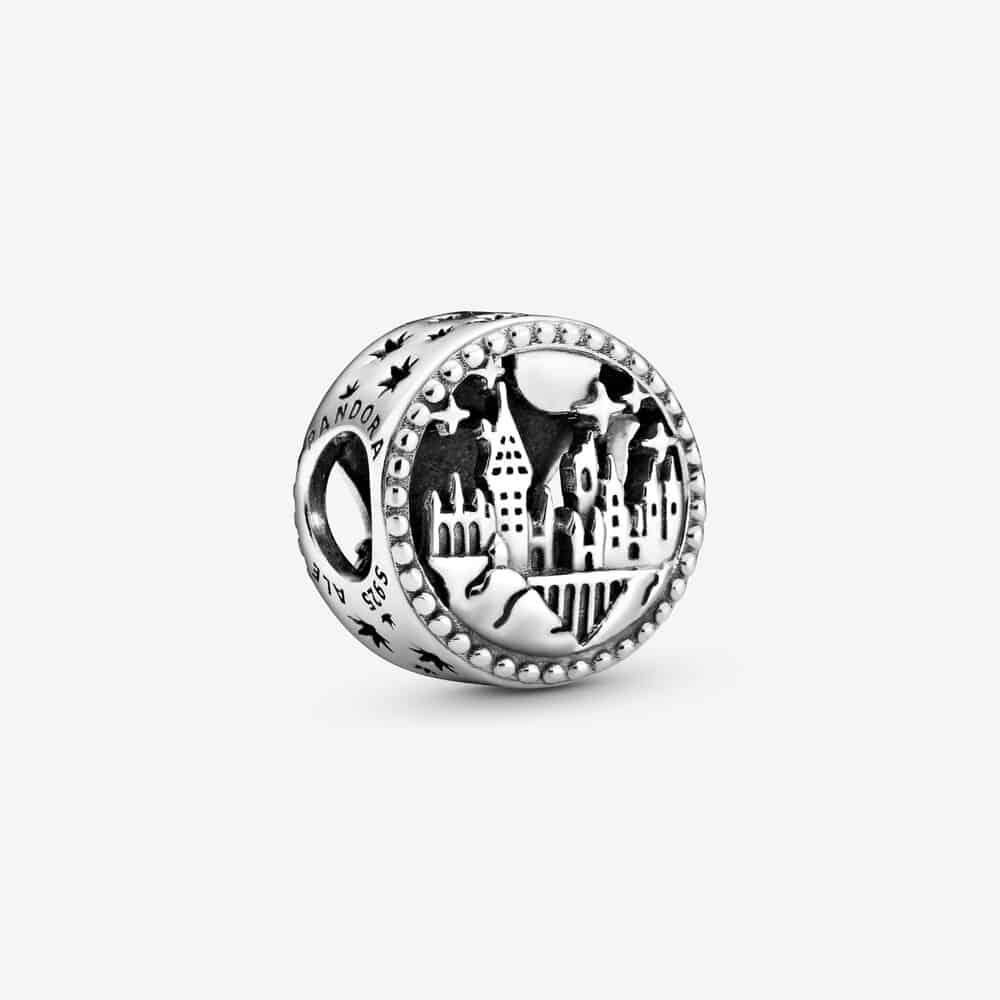 Charm Pandora Chateau & blason Poudard 39€