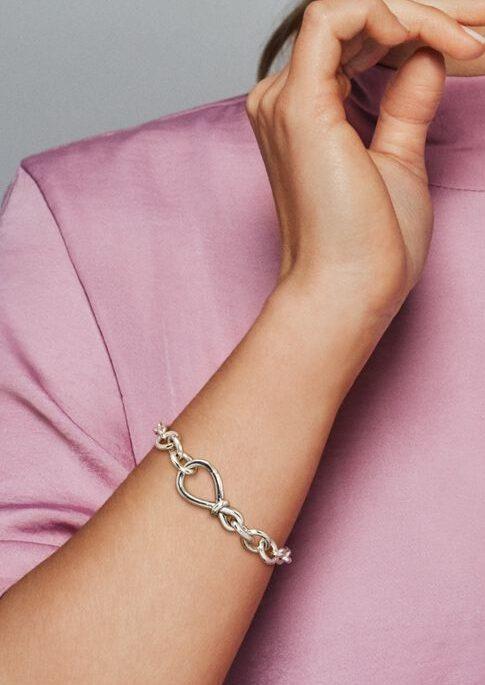 Le Bracelet Chaîne Nœud Infini Imposant 99,00 € - 598911C00