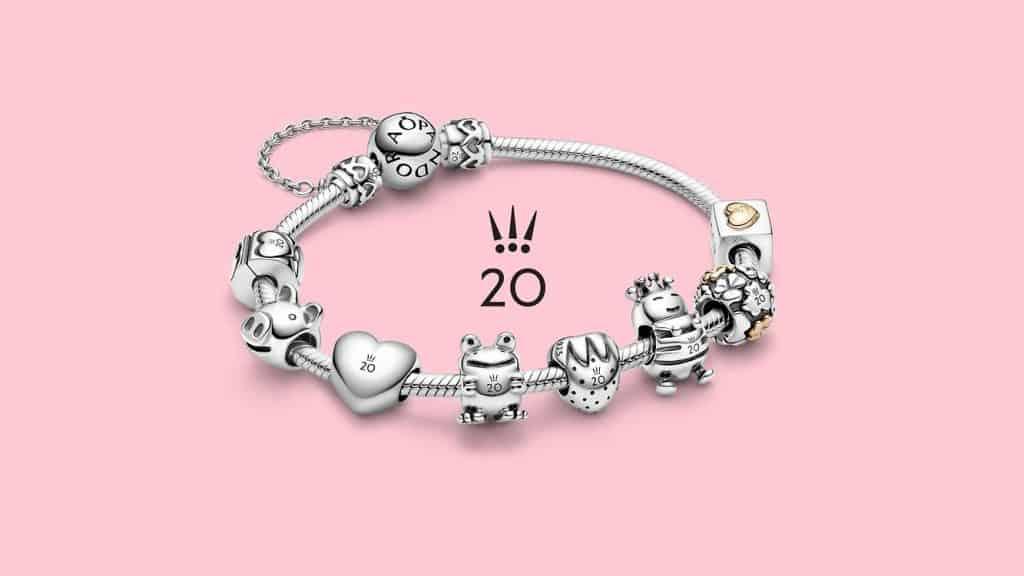 L'ensemble de la collection jusqu'en septembre sur bracelet