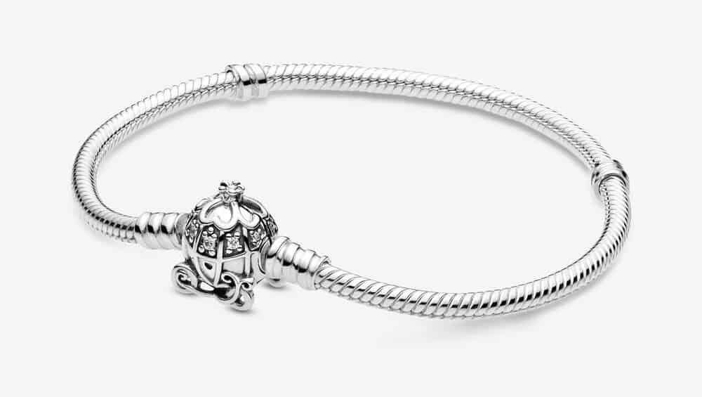 Bracelet Pandora Moments Disney Cendrillon Fermoir Carrosse Citrouille 99,00 €
