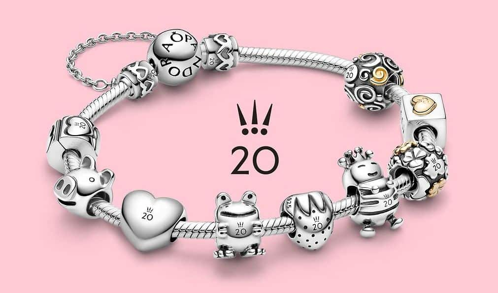 L'ensemble des charms de la collection 20 ans