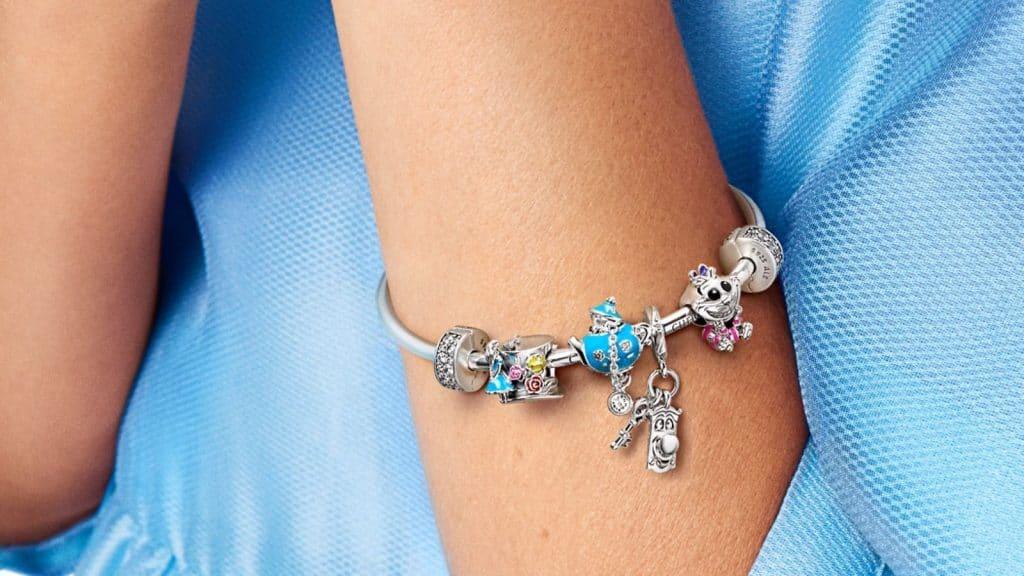 Collection Alice au Pays des merveilles Disney X Pandora