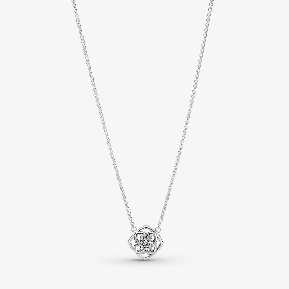 Collier Pétales de Rose 69,00 € – 399370C01